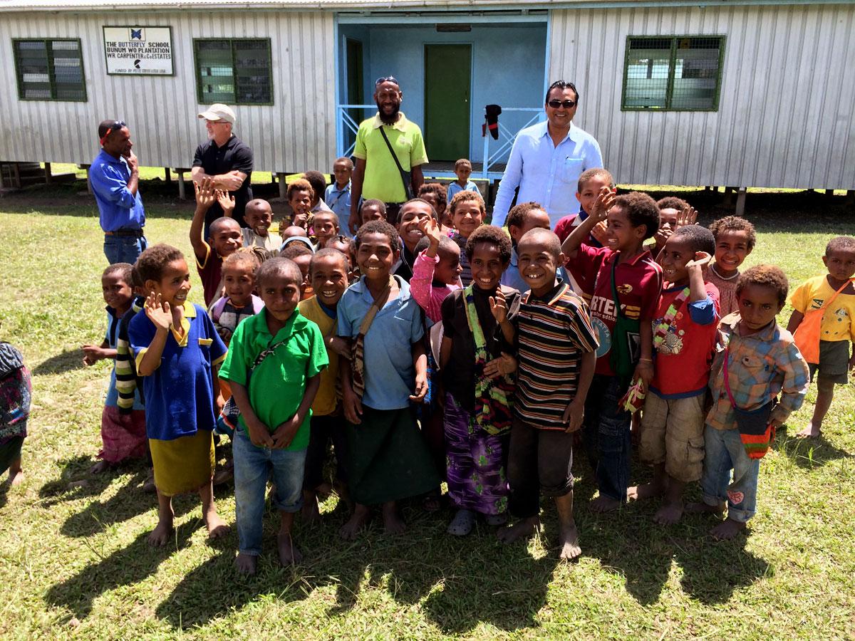 Папуа-Новая Гвинея Сигри в СФТ. Фотографии List&Beisler